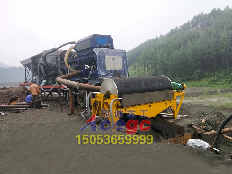 辽宁移动重选矿设备现场
